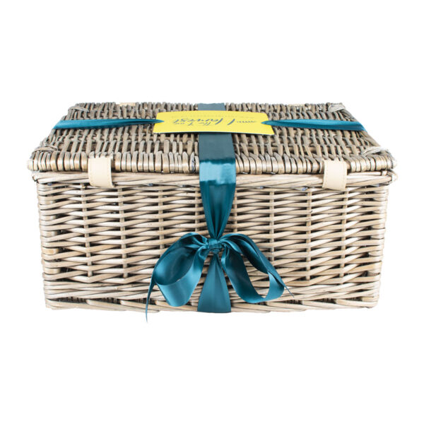 The Fine Harvest Hamper Back